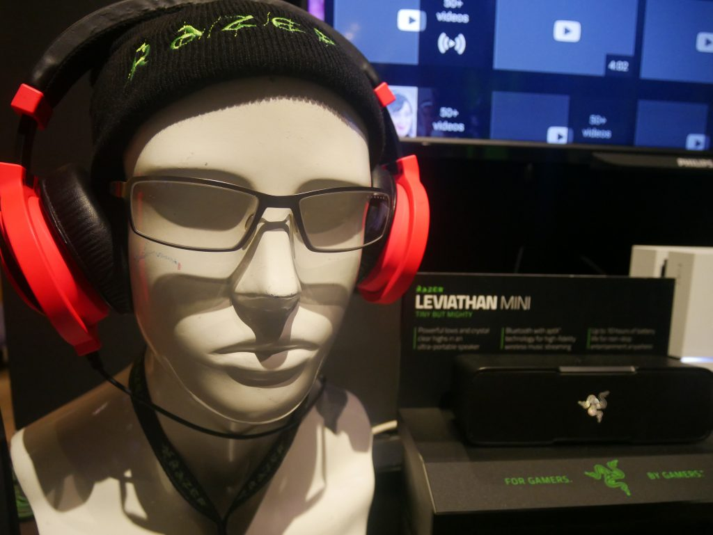 Razer Kraken Neon Headphones and Gunnar Gaming Eyewear