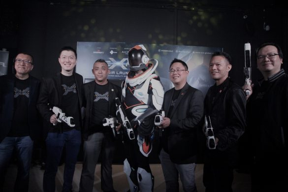 Mr Richard Lee (third from left), Chief Executive Officer of EXA Global Sdn Bhd launching the first ever Hyper-Reality Entertainment in Southeast Asia, EXA Outpost in SetiaWalk. With him are (from left), Mr Kee Saik Meng, Founding Partner of Havson Group; Mr Daniel Tan Keng Hui, Director of Next Unicorn Venture Berhad; Dato' Rayson, Founder and Director of Havson Group; Mr Havene Liew, Founder and Managing Director of Havson Group and Mr Altair Ng Jien Chil, Director, posing together with the EXA trooper.