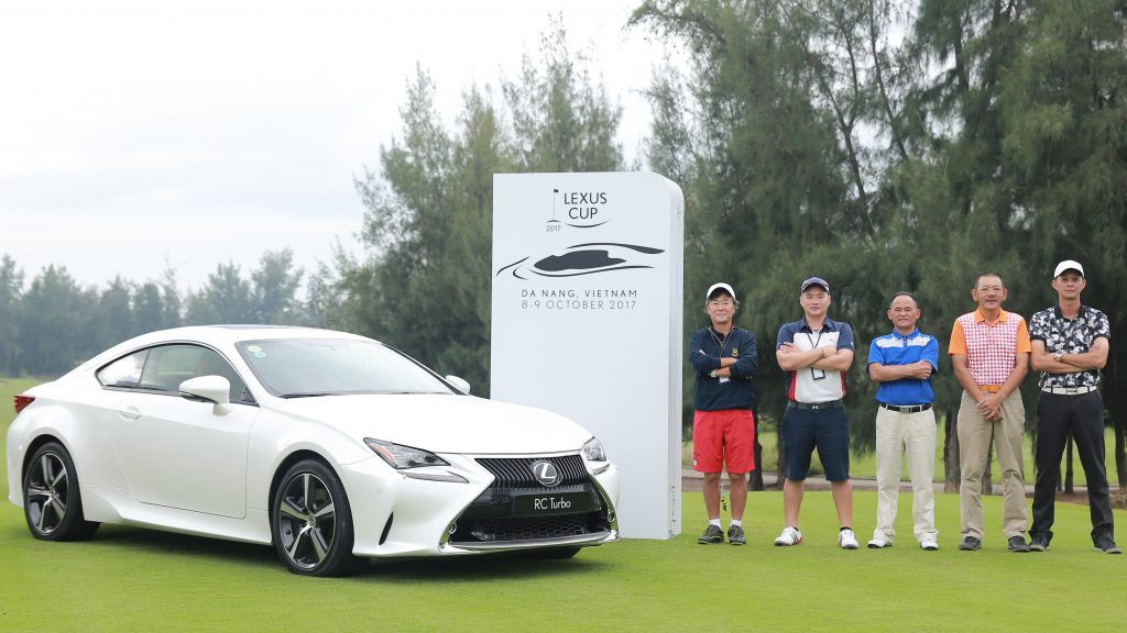The Malaysian team proudly posing for a photo before the Lexus Cup 2017 officially kicks off
