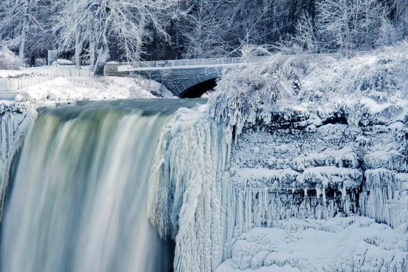 Image: Cold Weather Niagara Falls
