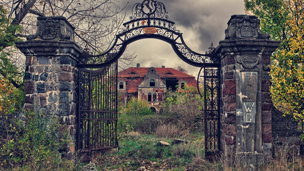 11 Abandoned Places All Over The World