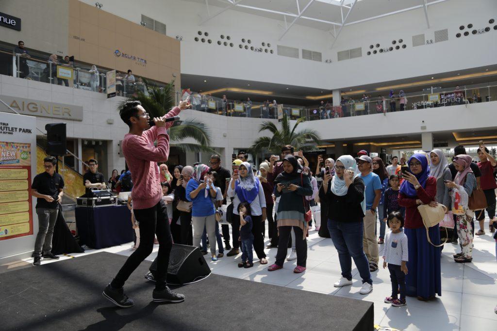 Sufiyan Suhaimi Performing (2)