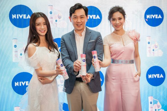 5. L-R Joey Chua, Ng Hock Guan and Farah Nabilah at the NIVEA Whitening Deep Serum launch yesterday
