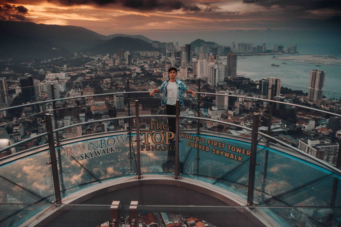 Alvin Chong posing on Rainbow Skywalk