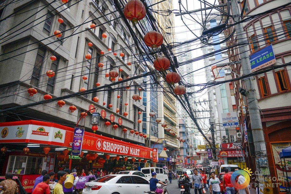 Foodies galore in Binondo, world's oldest Chinatown (image via Our Awesome Planet)