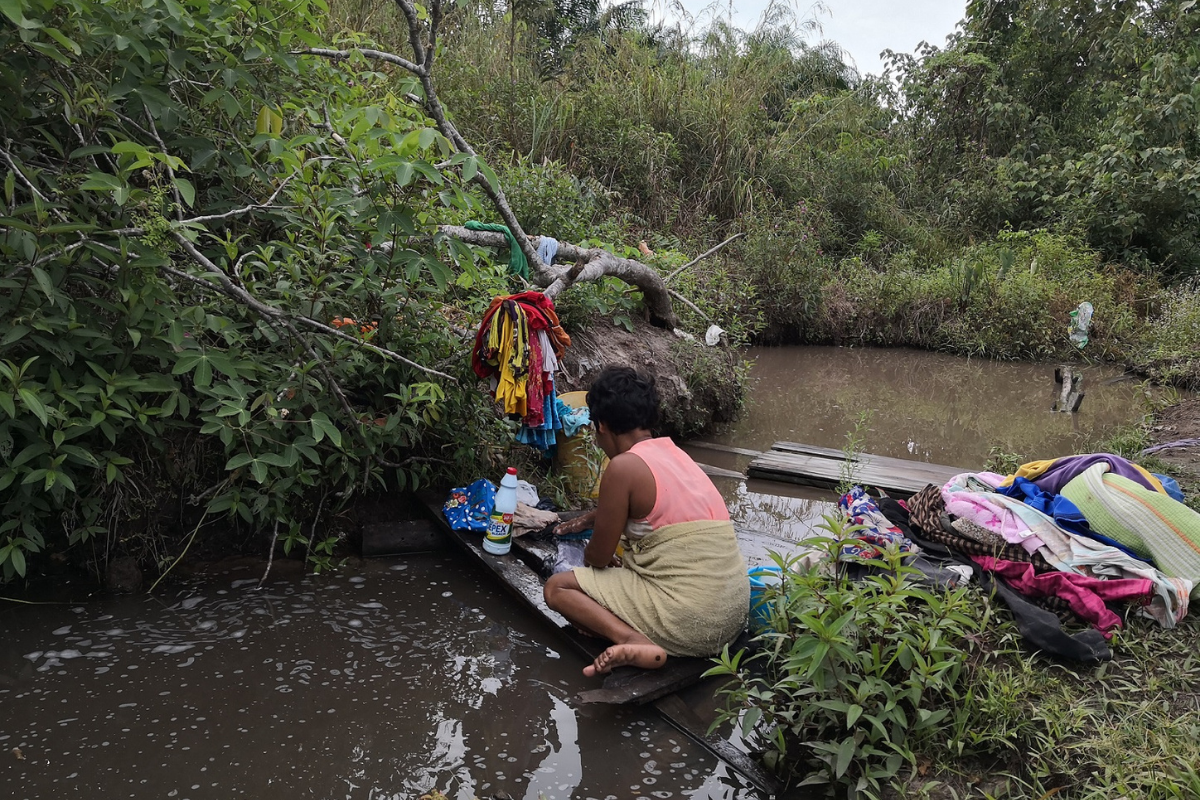 The Orang Asli villagers use the same water source for washing clothes, cooking, bathing and other daily activities.