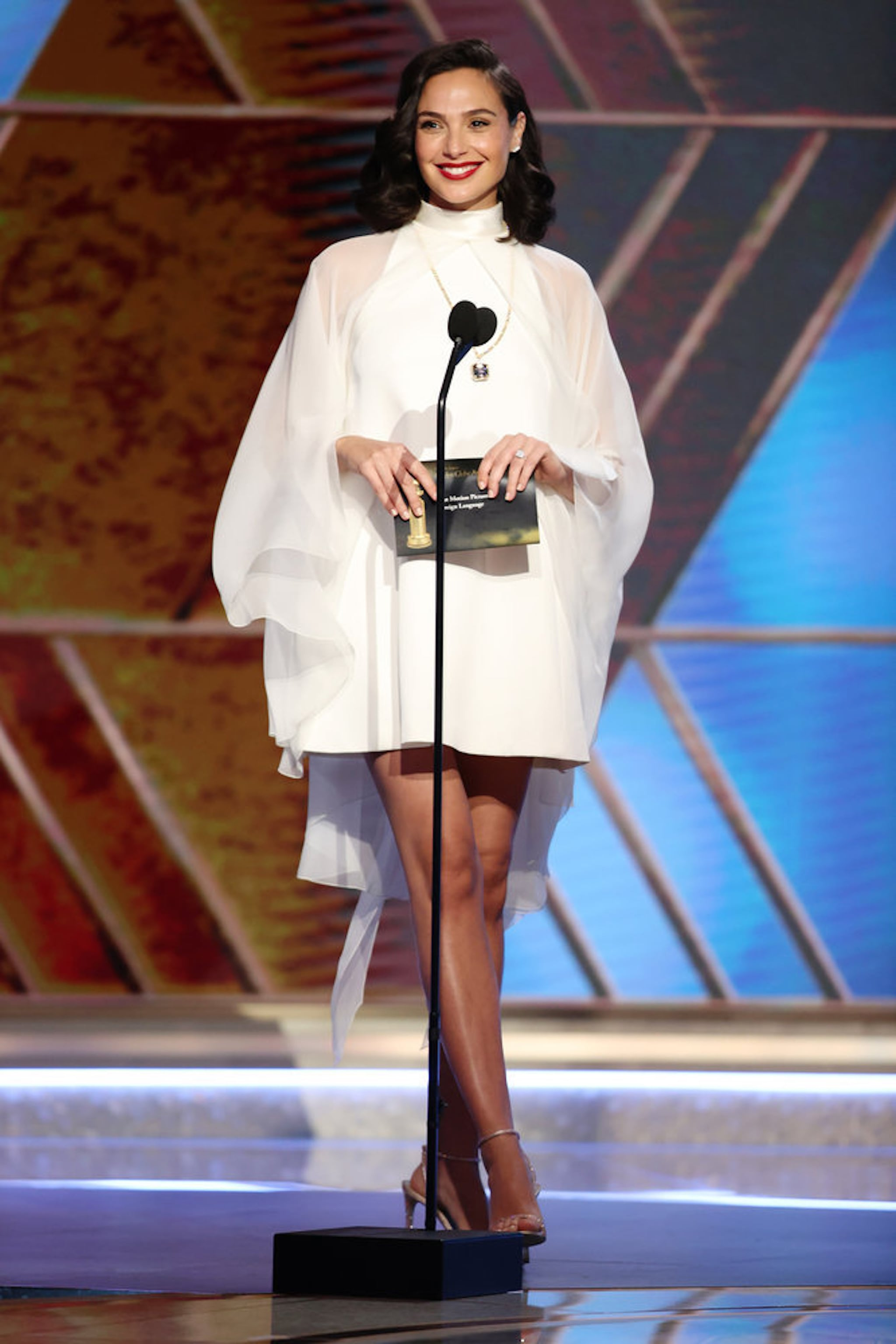 gal-gadot-golden-globes-2021-white-dress