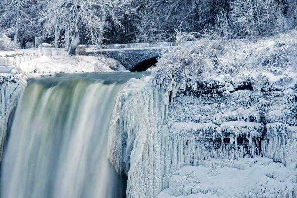 Image: Cold Weather Niagara Falls