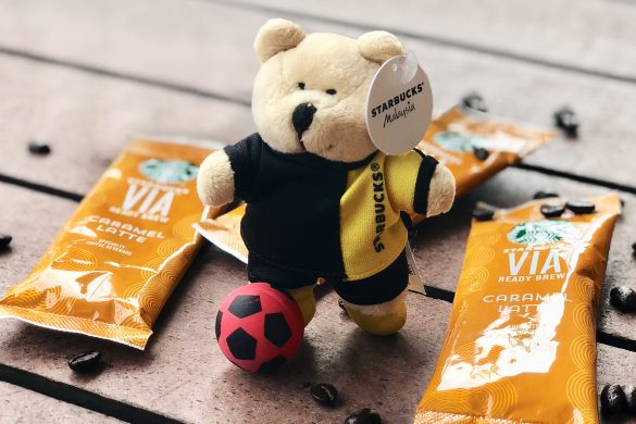 Starbucks Football Miniature Bearista Set
